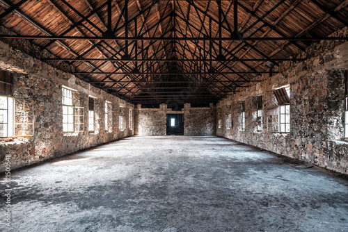 Photo ruins of abandoned hall
