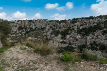 Path On The Sicilian Hills