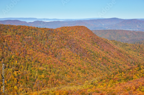 Photo View of autumn colors and mountains from an overlook along the Appalachian Trail