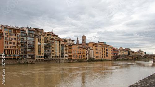 Fototapeta Veduta di Firenze e il fiume Arno