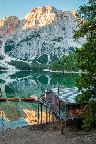 Obraz na plátně Famous hut and Lago di Braies in Dolomites, Italy