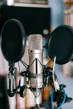 Studio Condenser Microphone - ...