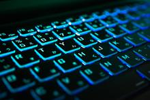 光るキーボード