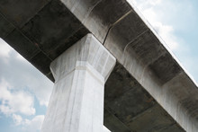 Prefabricated Concrete Of Bridge - Built The Structure Of Column Support The Railroad. Technology Of Construction..
