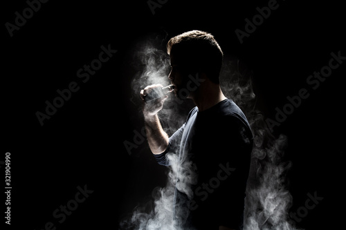Vaping e-liquid from an electronic cigarette Fototapet