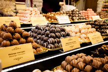 Chocolate Truffles, Candies An...