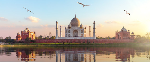 Taj Mahal sunrise panorama, Agra, Uttar Pradesh, India