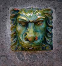 Green Ceramic Lion's Head, Dec...