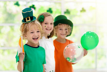 Kids Celebrate St Patrick Day....