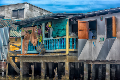 Riverside slums & Fishermen Life in Chao Phraya River Slika na platnu