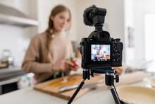Teenage Girl Vlogging, Baking ...
