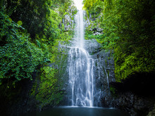 Maui, Hawaii Hana Highway - Wa...