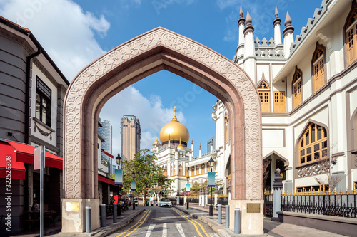 Fotografía street view of singapore with Masjid Sultan