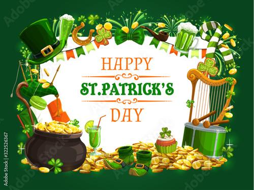 St Patricks Day vector shamrock, leprechaun gold and hat, green beer, lucky hors Fototapeta