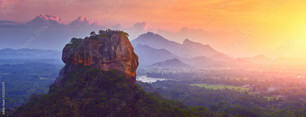 Fototapeta Panoramic view of the famous ancient stone fortress Sigiriya (Lion Rock) on the island of Sri Lanka, which is a UNESCO World Heritage Site.