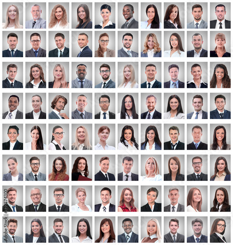 Photo portraits of a group of successful employees isolated on white