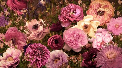 Fototapeta Do restauracji カラフルな大輪の花々