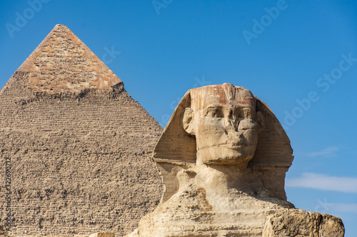Sphinx and pyramid of Kafre in Egypt