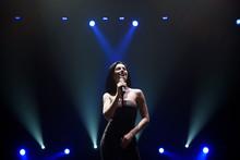 Singer Perform On Stage Of Nig...