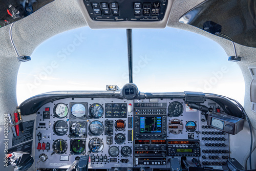 Obraz na plátně Cockpit Mooney Flugzeug