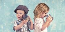 Kinder Spielen - Telefonieren ...