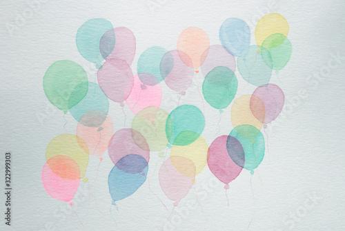 Palloncini colorati chiari e trasparenti isolati su sfondo bianco Wallpaper Mural