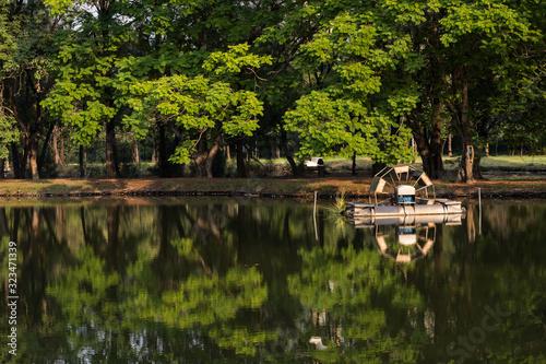 Valokuva Paddle water wheel Aerator in park