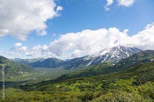 Fototapeta Vilyuchinsky volcano, Kamchatka peninsula, Russia. It is located southwest of the city of Petropavlovsk-Kamchatsky behind Avacha Bay. obraz na płótnie