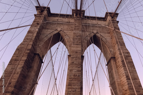 Fototapety, obrazy: The Brooklyn Bridge. Walk on the bridge.