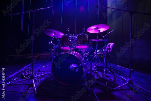 Obraz na płótnie drums on stage before a concert
