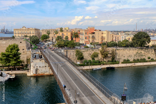 Overview of the Bridge of San Francesco di Paola, commonly called Ponte Girevole Fototapet
