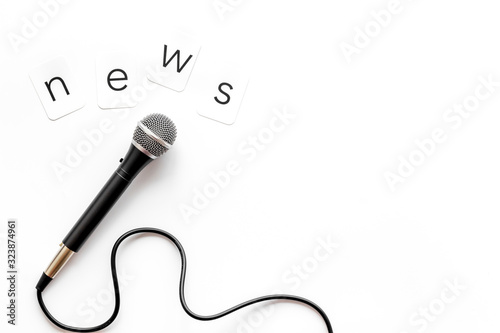 Valokuvatapetti Breaking news concept