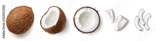 Fotografia Set of fresh whole and half coconut and slices