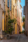 Fototapeta Perspektywa 3d - Vintage Architecture Of Historic Houses Downtown Charming City Streets Of Cannes