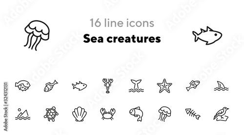 Photo Sea creatures line icon set