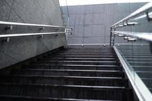 吹抜けの階段