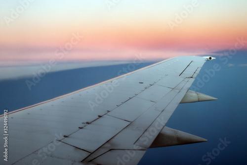Photo Puesta de sol desde un avión