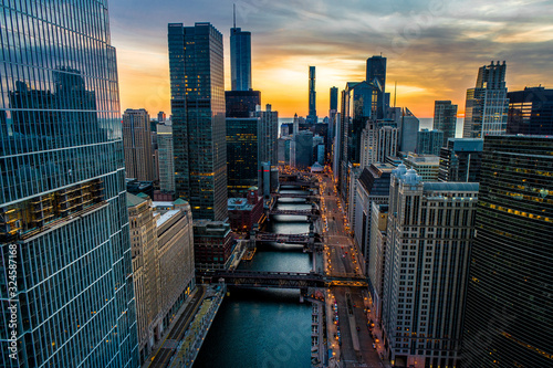 Fototapeta Chicago Skyline & River Sunrise Aerial Photo Stunning Sky obraz