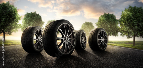 Obraz Sommer Reifen auf der Landstraße - fototapety do salonu