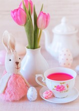 Beautiful Easter Table Decorat...