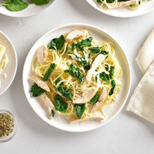 Spaghetti With Spinach Leaves, Grilled Chicken Breast And Cheese