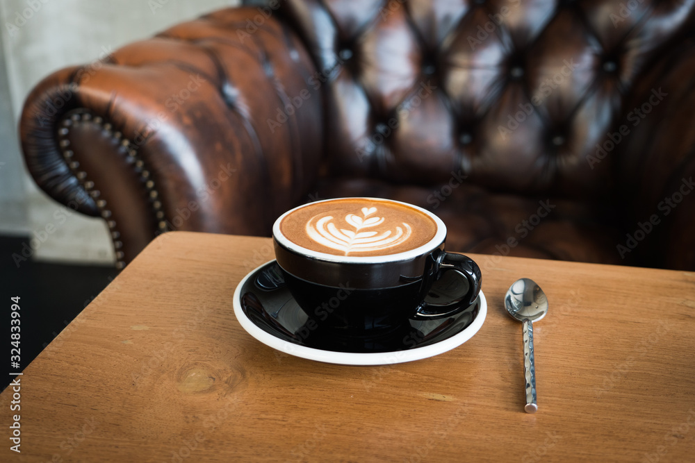 coffee latte art in coffee shop <span>plik: #324833994 | autor: chayathon2000</span>
