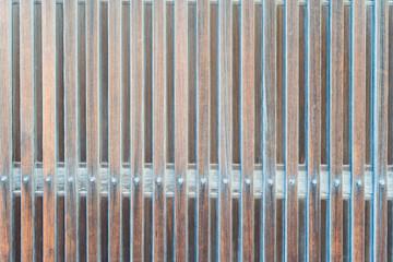 窓に使われる日本の木製の格子戸