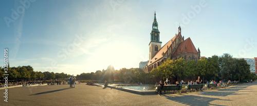 Berlin, Alexanderplatz, Sonne, Kirche Wallpaper Mural