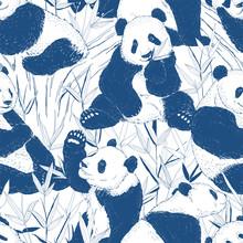Panda Eating Bamboo Leaves Rea...