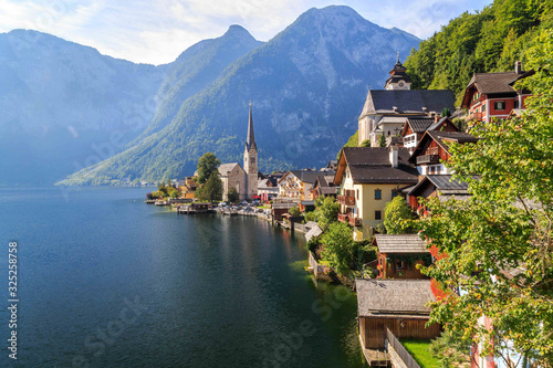 Photo Beautiful Landscapes in Hallstatt, Famous Travel Destination in Austria