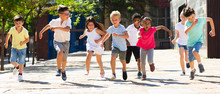 Children Running In Race And L...