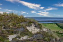 Typische Nordische Dünenlandschaft In Der Nähe Des Strandes Mit Blick Auf Das Wattenmeer, Nationalpark – Selektiver Fokus