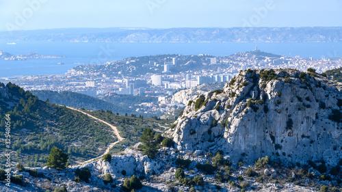 Obraz na plátně Vue sur Marseille depuis crête de l'Estret