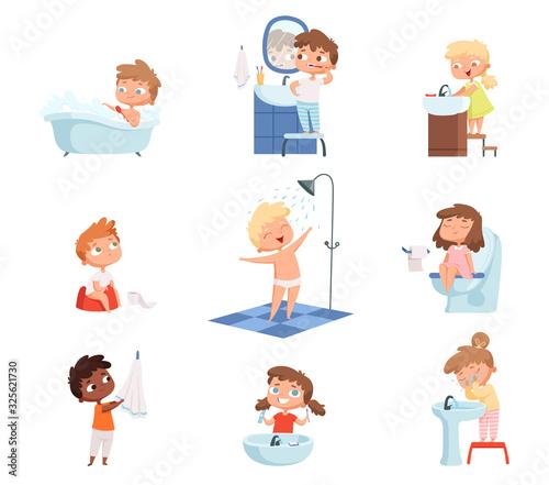Washing kids Fotobehang